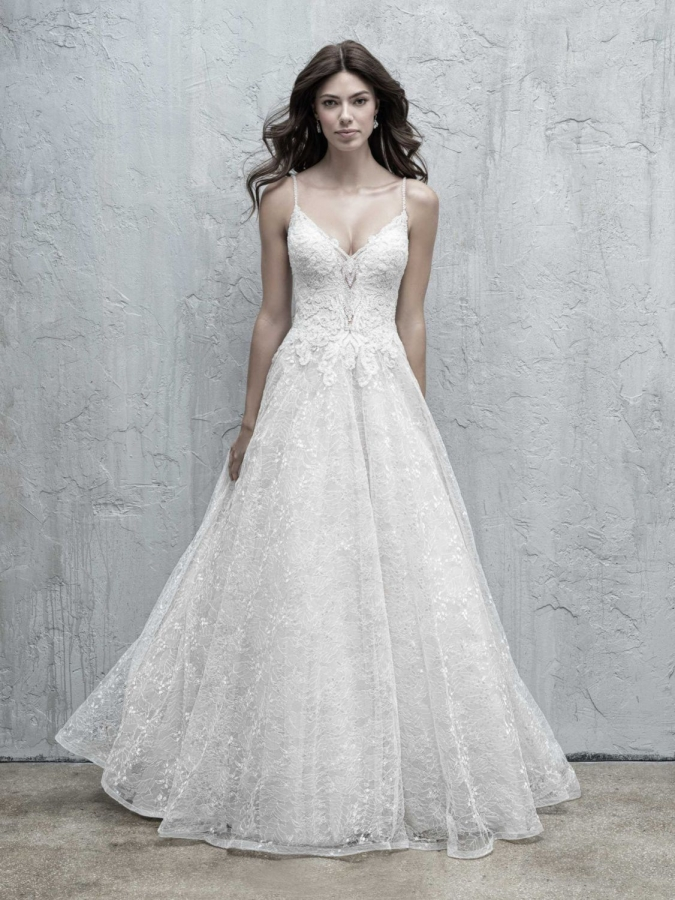 Lace Gown 119553