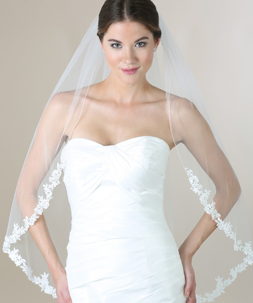Lace Fingertip Veil 116135