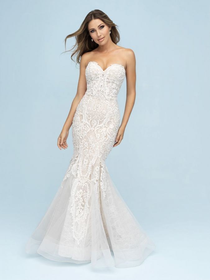 Lace Gown 118905