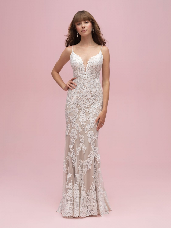 Lace Gown 118906