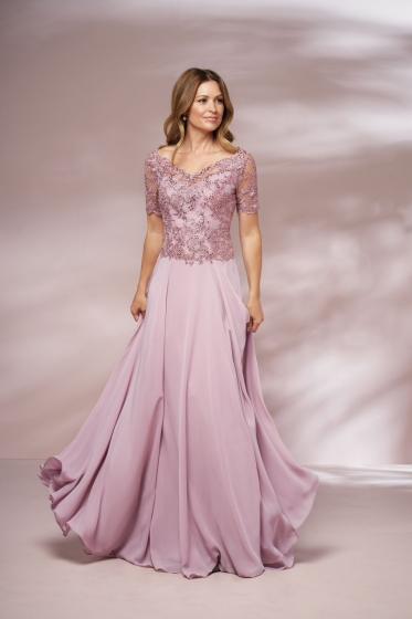 Lace Gown 118351