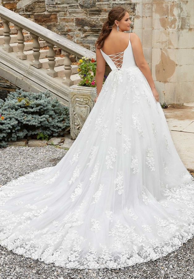 Lace Gown 119562 Back