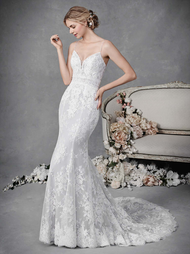Lace Gown 119282