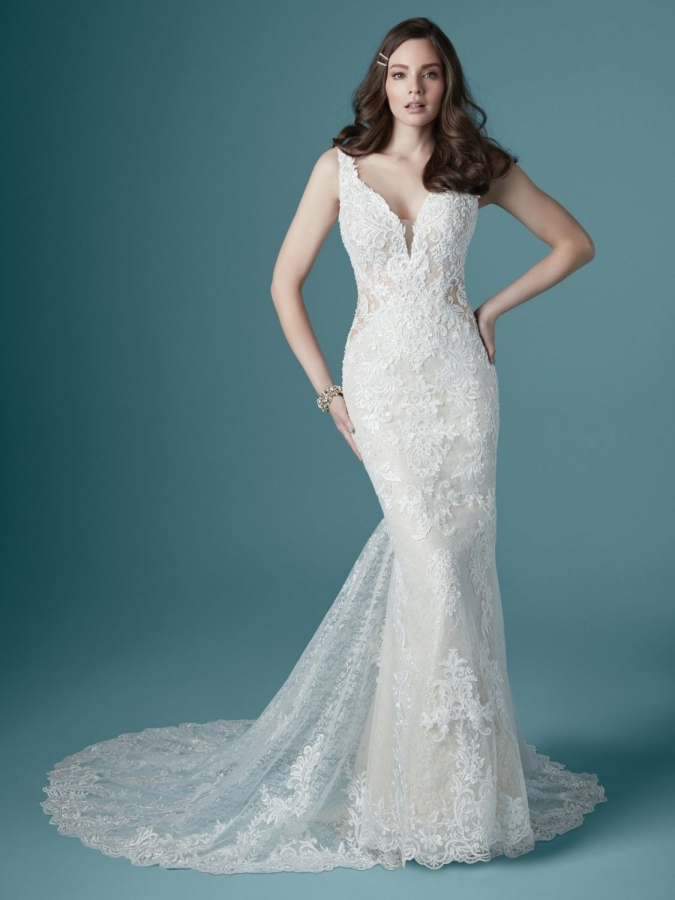 Lace Gown 119629